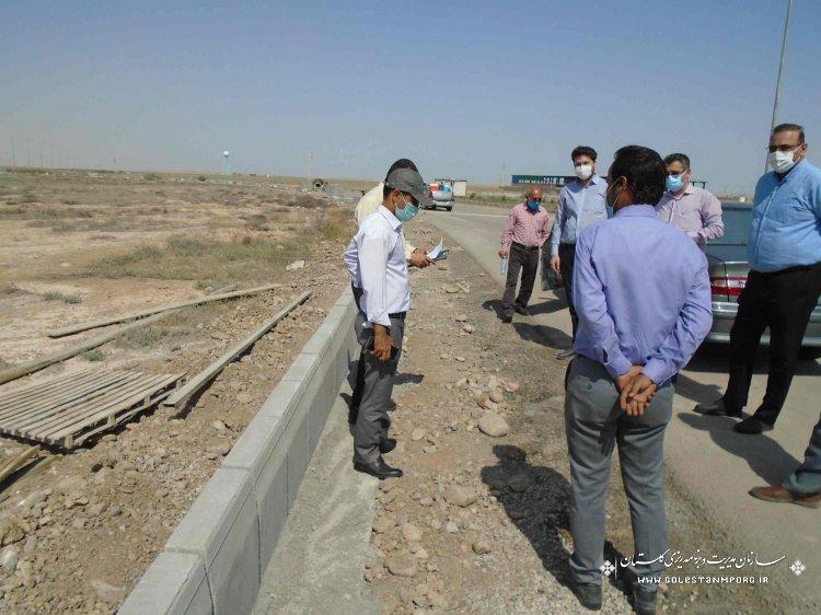 بازدید مدیر نظام فنی و اجرایی از پروژه های اولویت دار شرکت شهرکهای صنعتی استان