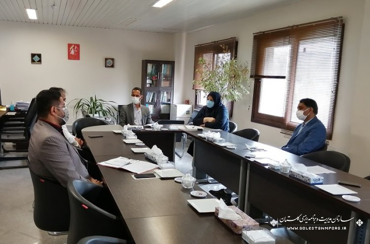 نشست مدیر نظام فنی و اجرایی با شرکت توزیع برق و انجمن صنفی شرکتهای مهندسی برق استان